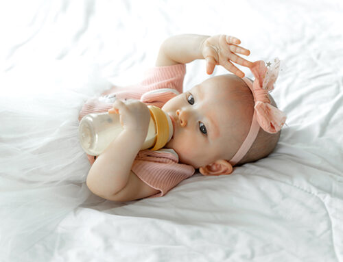 新手媽媽看過來:如何讓寶寶習慣瓶餵?
